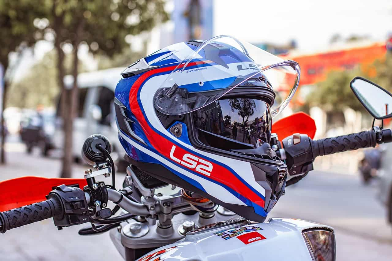 white blue red helmet