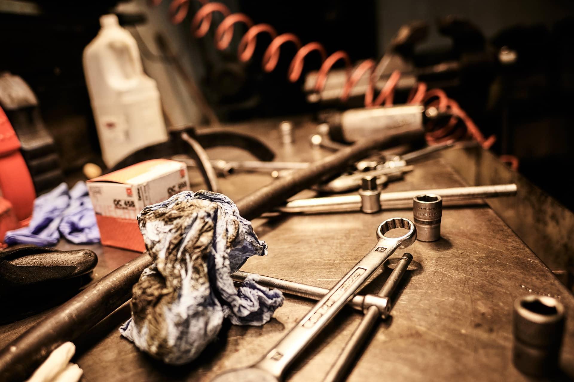 oil tools motorcycle maintenance