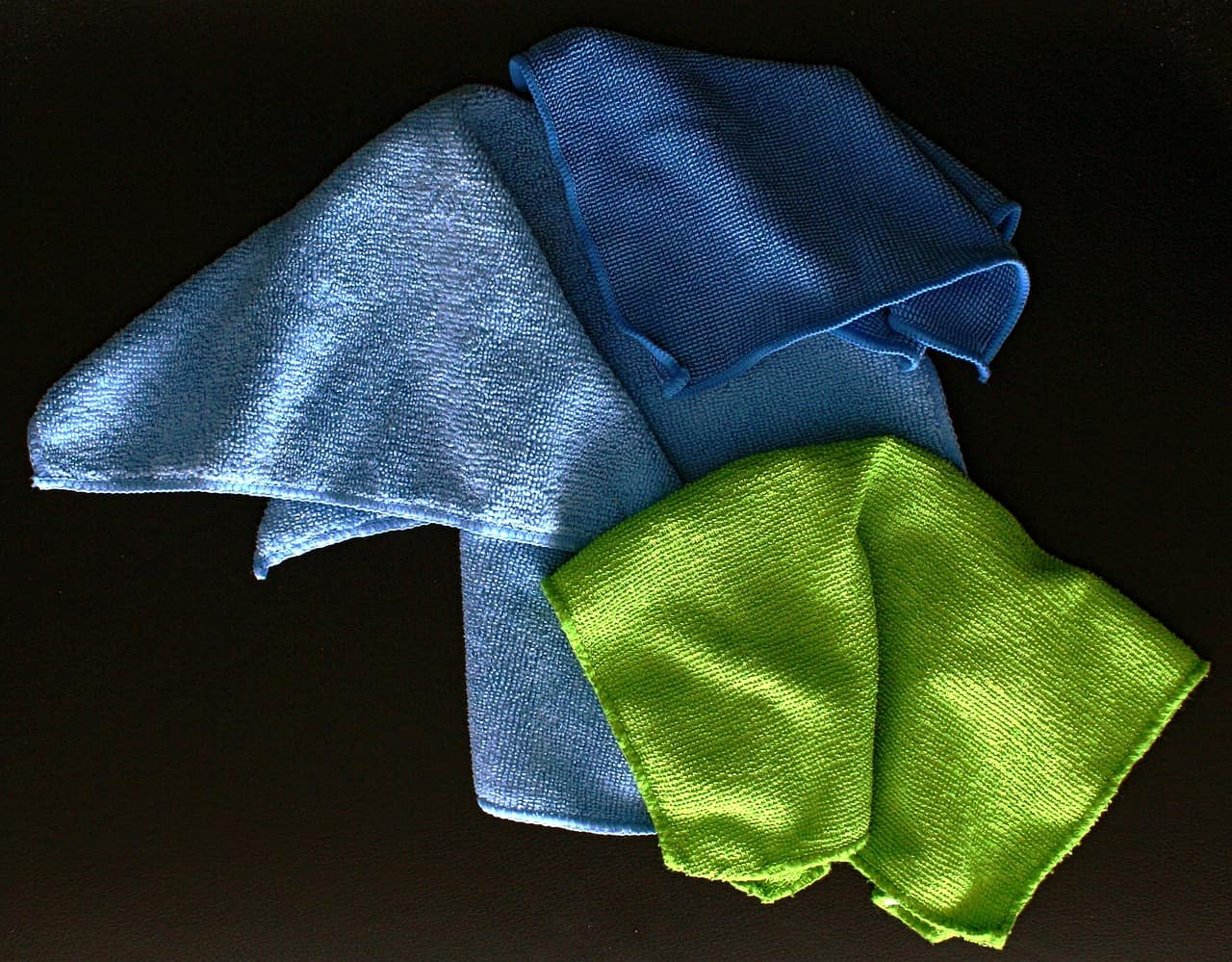 cloth wiping cleaning