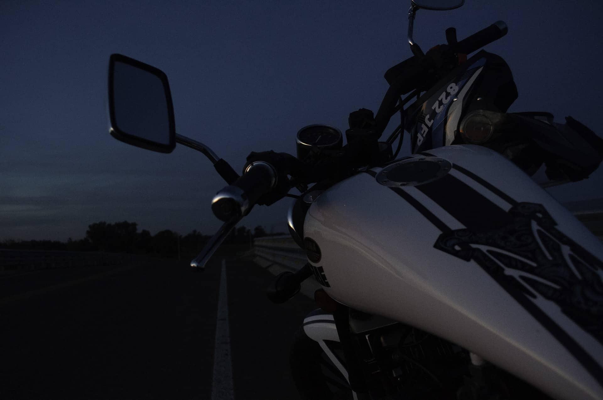 dawn motorcycle white