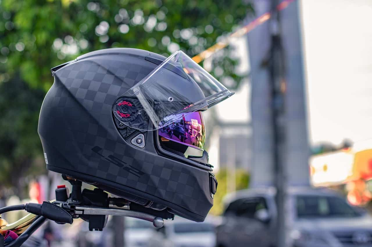 helmet black matte