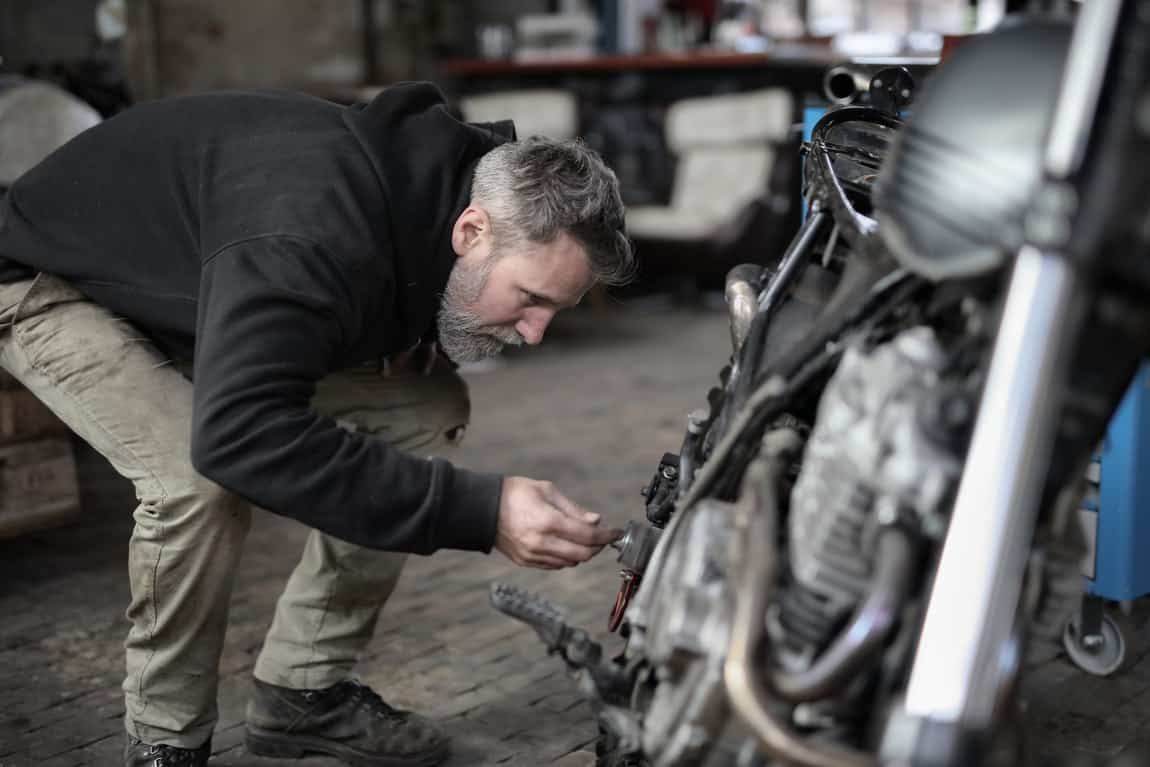 repair engine motorcycle