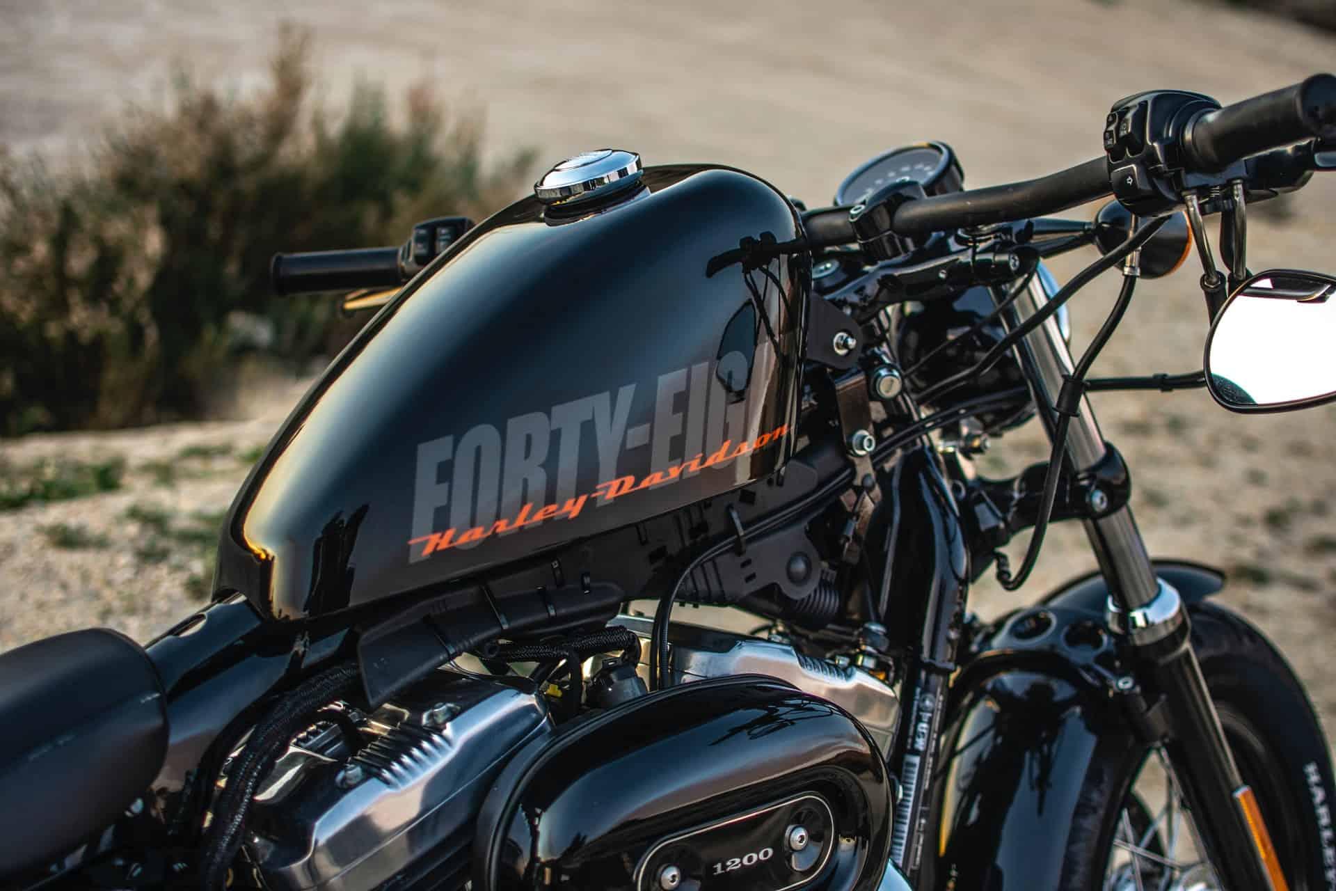 detailing motorcycle black