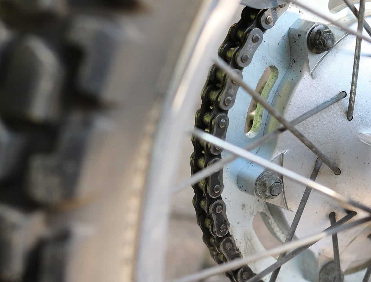 lubricated chain motorcycle