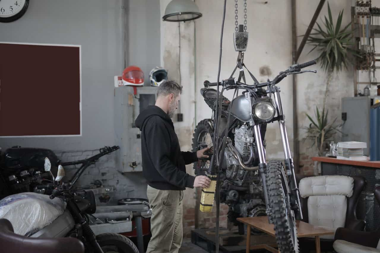 motorcycle frame building