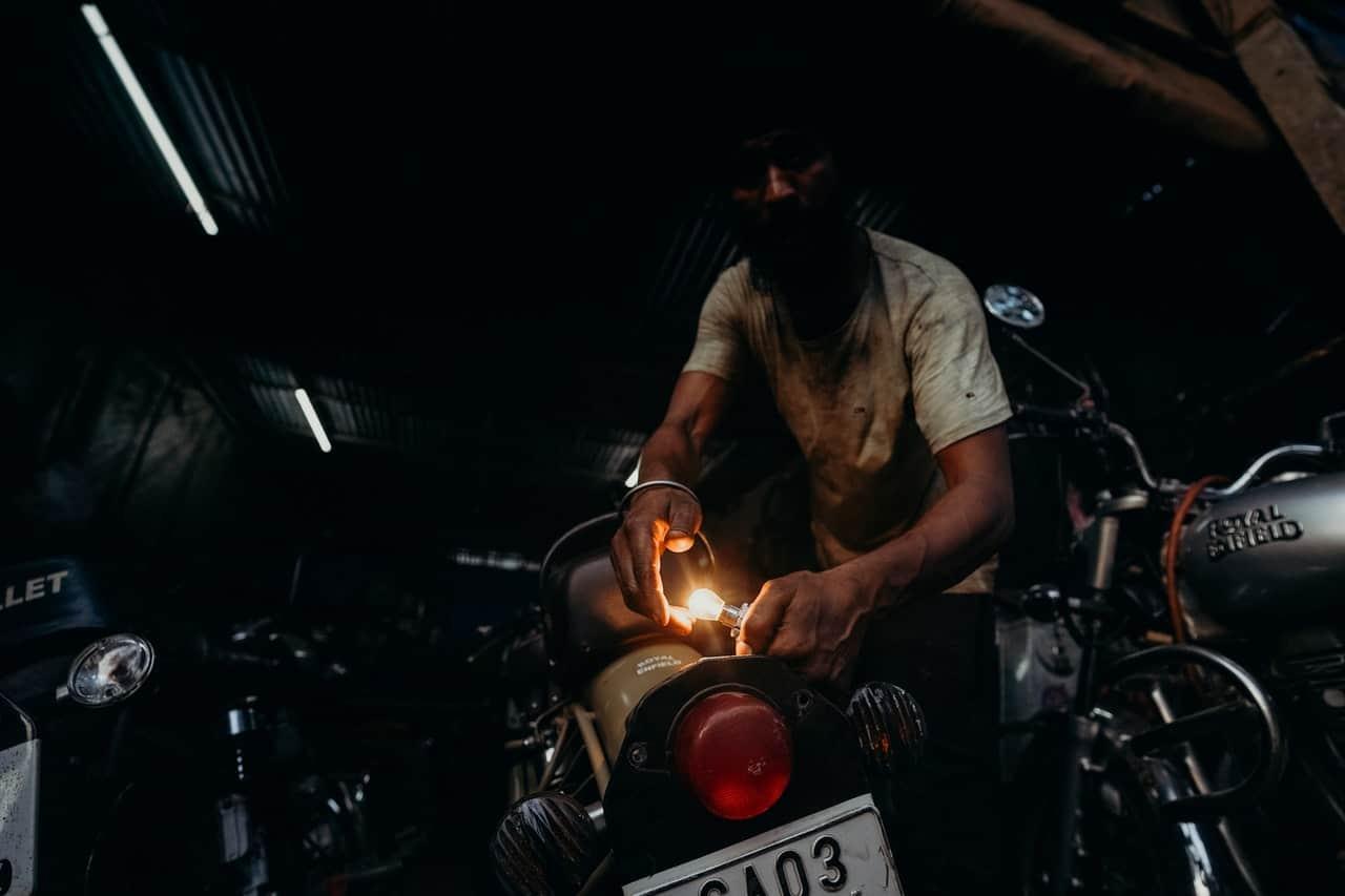 repair motorcycle cleaning