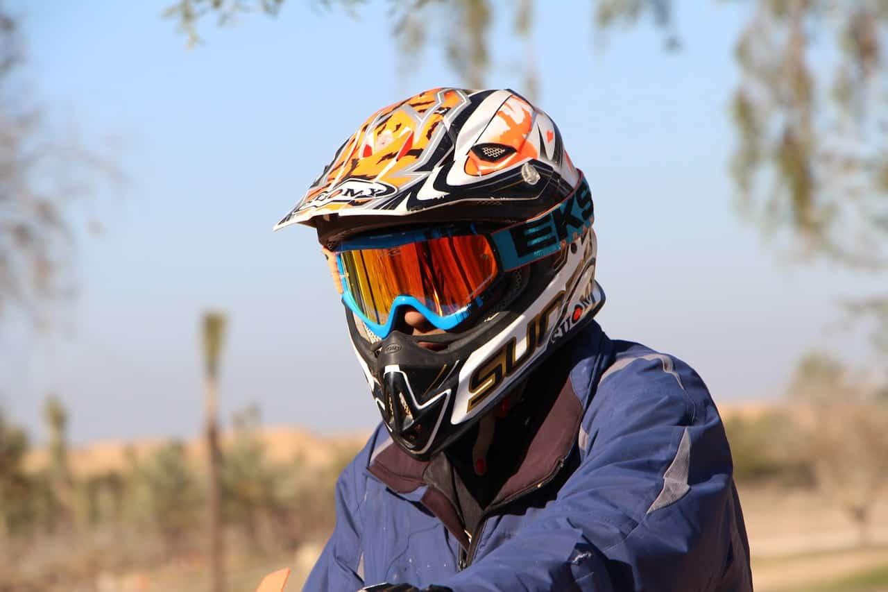 fit motorcycle helmet